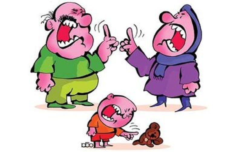 نقش خانواده در بروز اختلالات رفتاری کودکان
