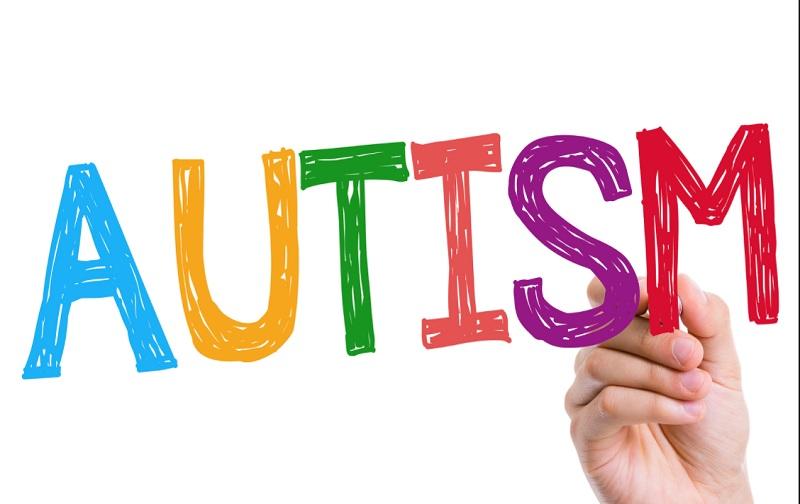 اوتیسم و نشانه های آن