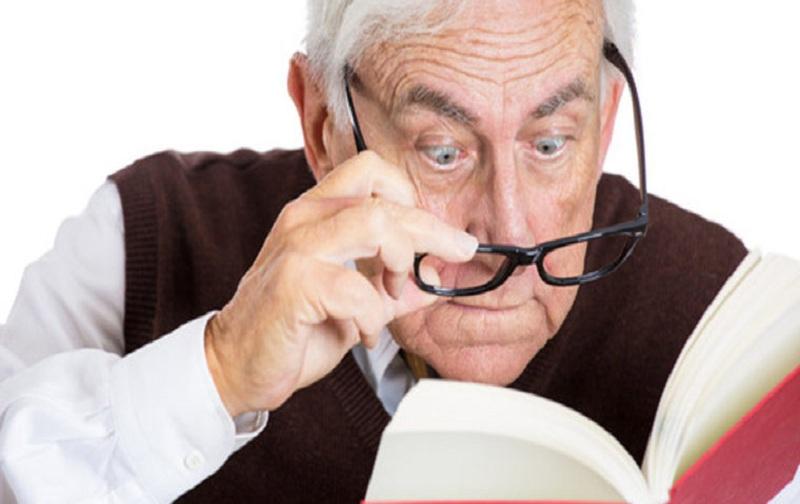 تغییرات بینایی در میانسالی
