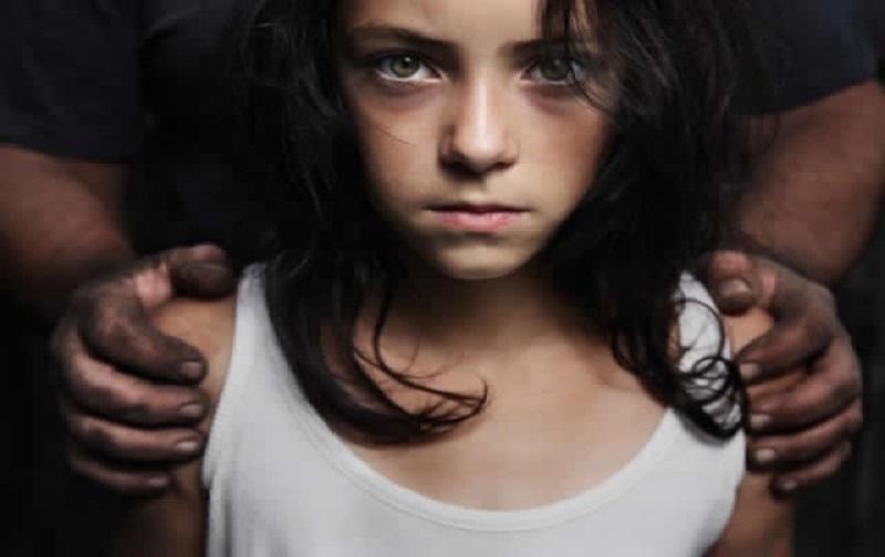 کودک آزاری جنسی چیست