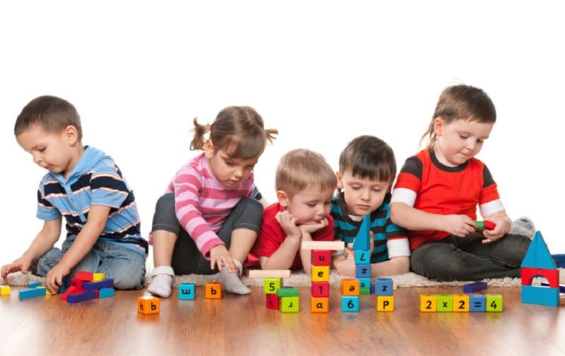 عوامل موثر در بازی کودکان