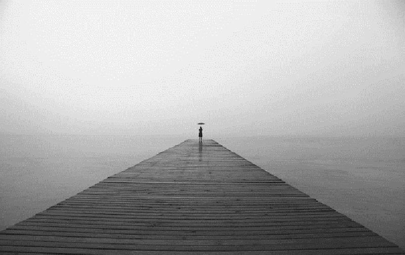 ترس از تنها ماندن و رها شدن