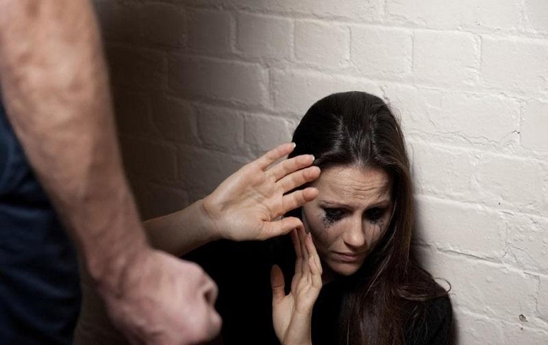 خشونت خانگی چیست